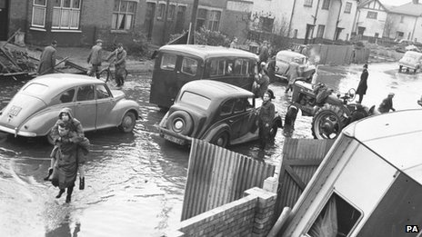 BBC: East coast floods: Environment Agency anniversary warning