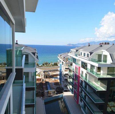 Konak Seaside Homes расположено у берега моря в тихом месте Каргыжаке/ Алании. Мы предлагаем вам люкс апартаменты с великолепным видом на Средиземное море и горы, окруженное необычно красивой природой, банановыми плантациями и апельсиновыми рощями.