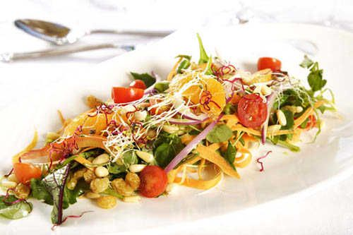 The most delectable organic cuisine by Award Winning Chefs. www.karkloofsafarispa.com
