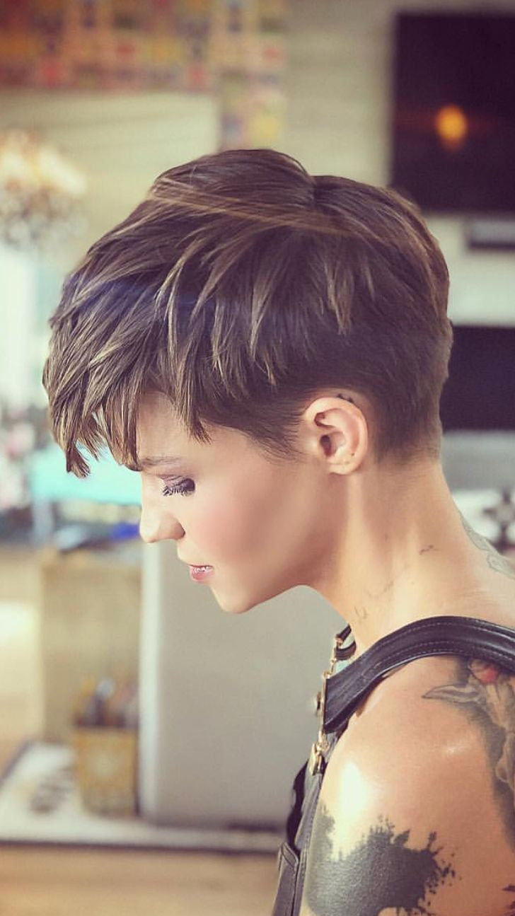 Ich liebe diesen Haarschnitt … eines Tages, als …