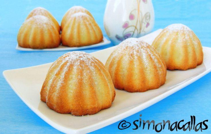 Lemon Cookies with Jam&Walnut Filling