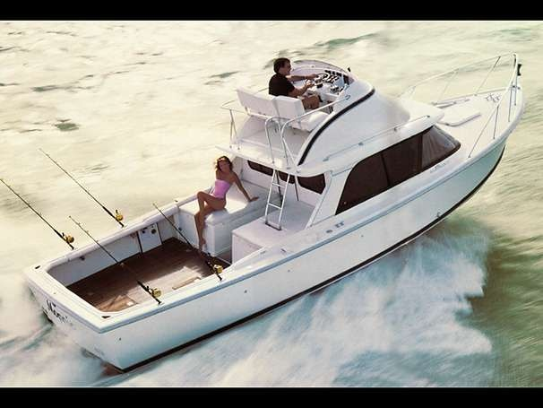 f346cf1e2497f06fa6537898a87f178b sport fishing fishing boats 39 best bertram images on pinterest boating, boats and fishing boats bertram 31 wiring diagram at nearapp.co