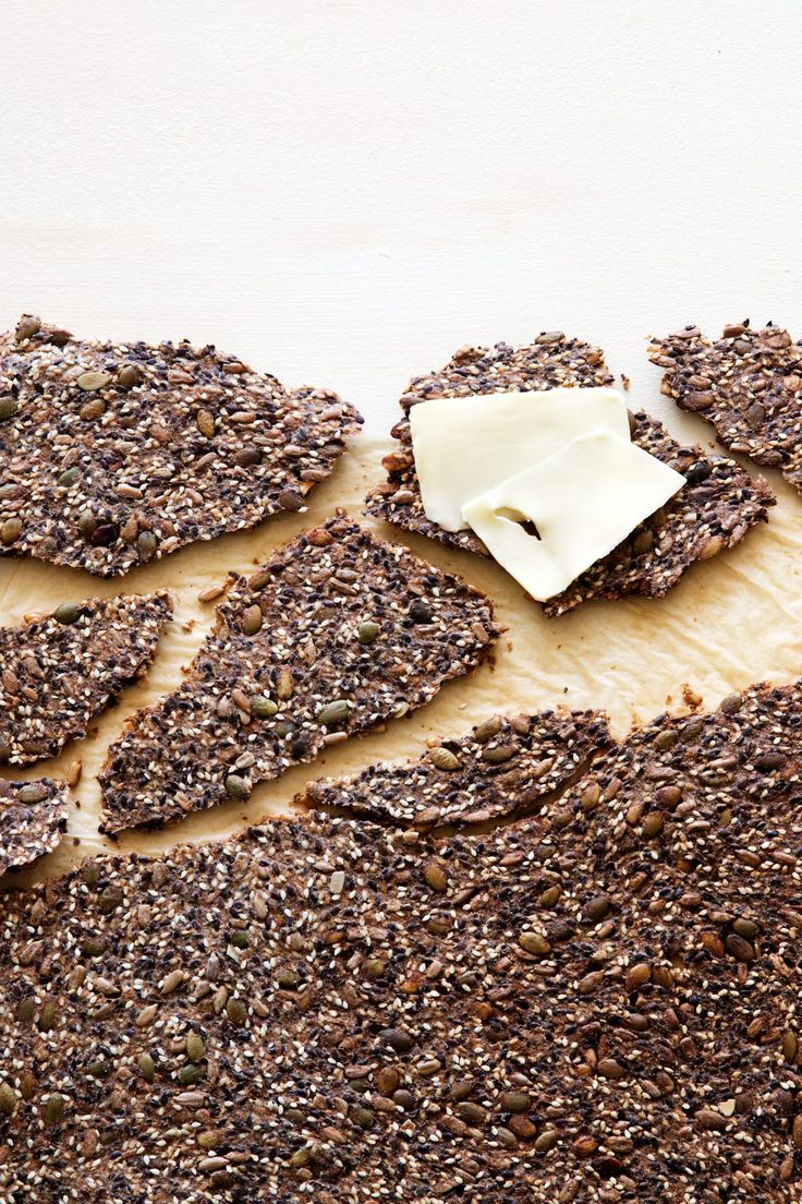 A crispy keto seed cracker with a nice nutty taste of sesame seeds. Great for breakfast as well as the evening's cheese platter.