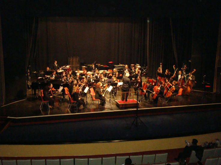 Mantzaros philharmonic Society in #Corfu is awarded with the special prize, a very high honour in the humanistic and artistic fields by the Athens Academy in 1987!