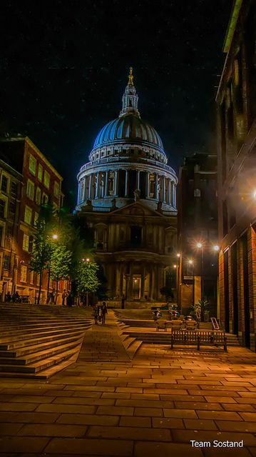 St Paul's at Night --This world is really awesome. The woman who make our chocolate think you're awesome, too. Our flavorful chocolate is organic and fair trade certified. We're Peruvian Chocolate. Order some today on Amazon!http://www.amazon.com/gp/produ