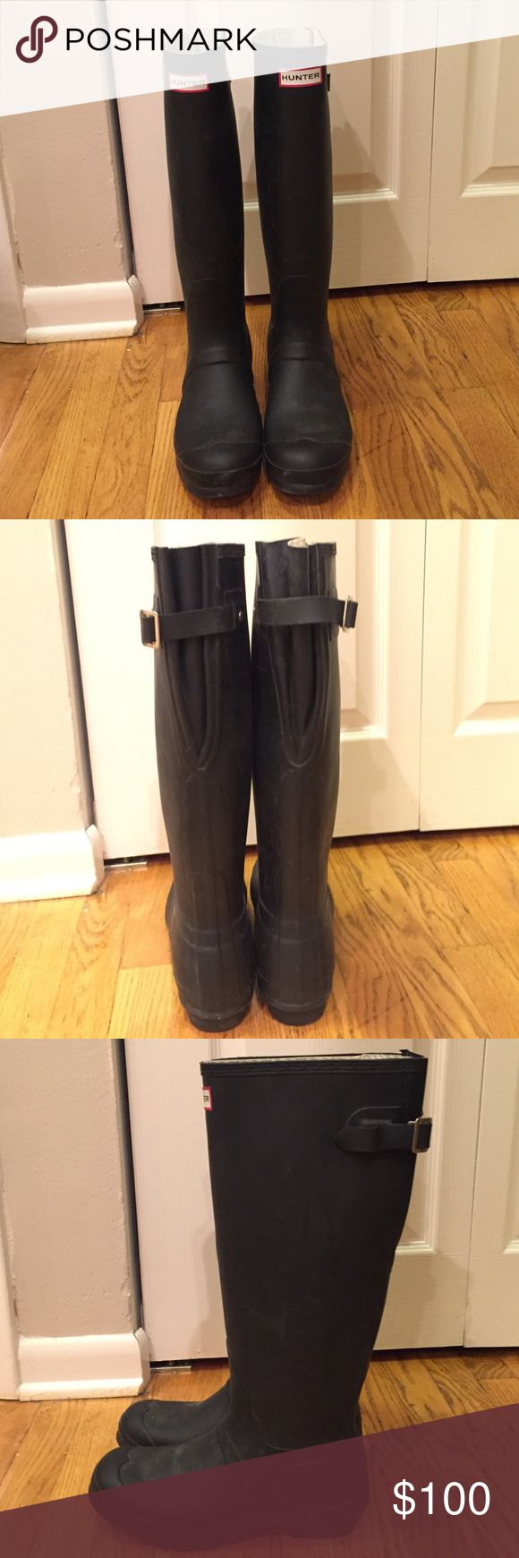 """WIDE CALF Hunter Boots Matte black expanding calf Hunter boots. These have a buckle that allows you to expand or tighten the calf area for the perfect fit! I have a 17"""" calf and these fit perfect with room to spare! These are a whole size down from what I normally wear (8) so these run LARGE!  ☔️ Make me and offer!! Hunter Shoes Winter & Rain Boots"""