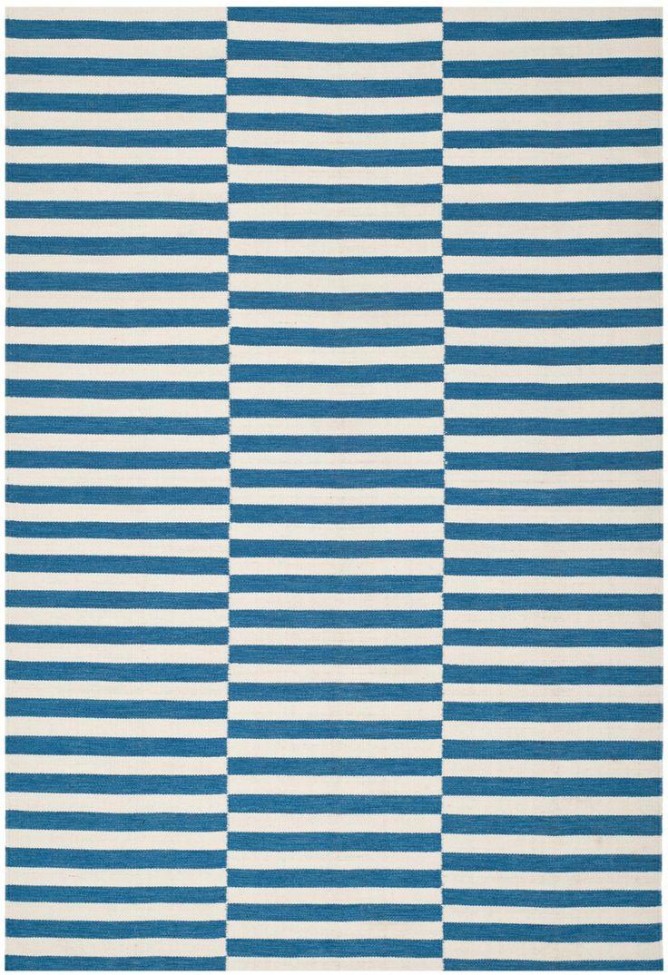 River Reed Stripe/Ink  5'x8' indoor/outdoor