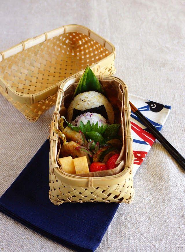 R journal: おにぎり弁当・Japanes riceballs bento