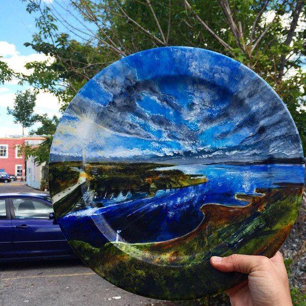 Plate painting. Artwork by Jacqueline Poirier. Check http://vk.com/art_tendencies for more similar artworks.