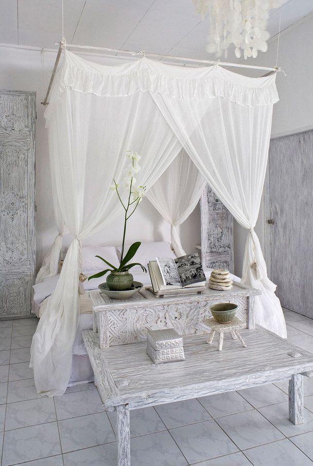 Himmelbett im Schlafzimmer : Oase der Gemütlichkeit
