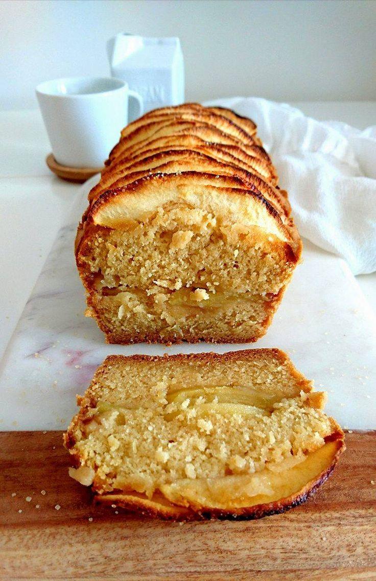 Cake aux pommes sans gluten, vegan et allégé en matière grasse et en sucre. Sain et gourmand.
