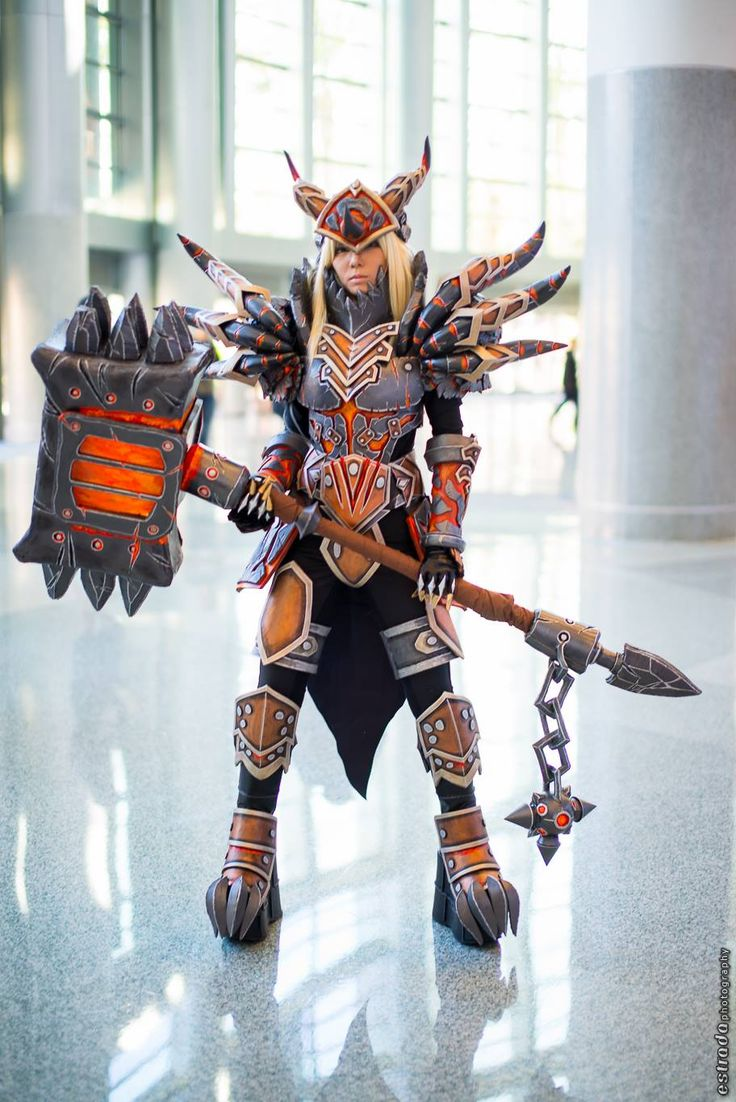 Warrior (Tier 13) from World of Warcraft: Warlords of Draenor Cosplayer: Yuks General Photographer: Estrada Photography
