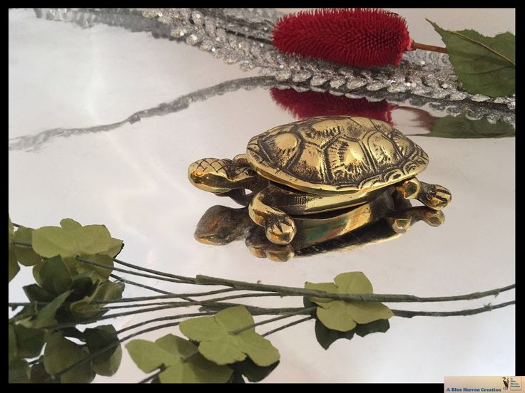 Vintage Brass Turtle Tortoise, Solid Brass Figurine, Hinged Trinket Dish with lid, Desk Accessory, Mid-Century Modern Decor, Gifts Under 20 by ABlueHerronCreation on Etsy