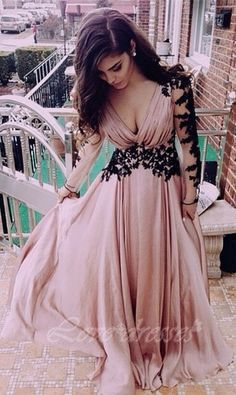 Long Pink Prom Dresses,Vintage Prom Gown,Women Boho Long Sleeves Plus Size Evening Gowns,V Neckline on Luulla