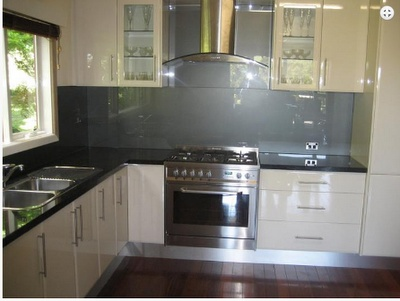 Glass In The Kitchen For Splashbacks And Worktops Can Look