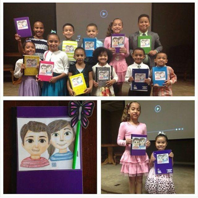 Сестра сделала детям в собрании такие блокноты для записей на конгрессе. Массачусетс, США.