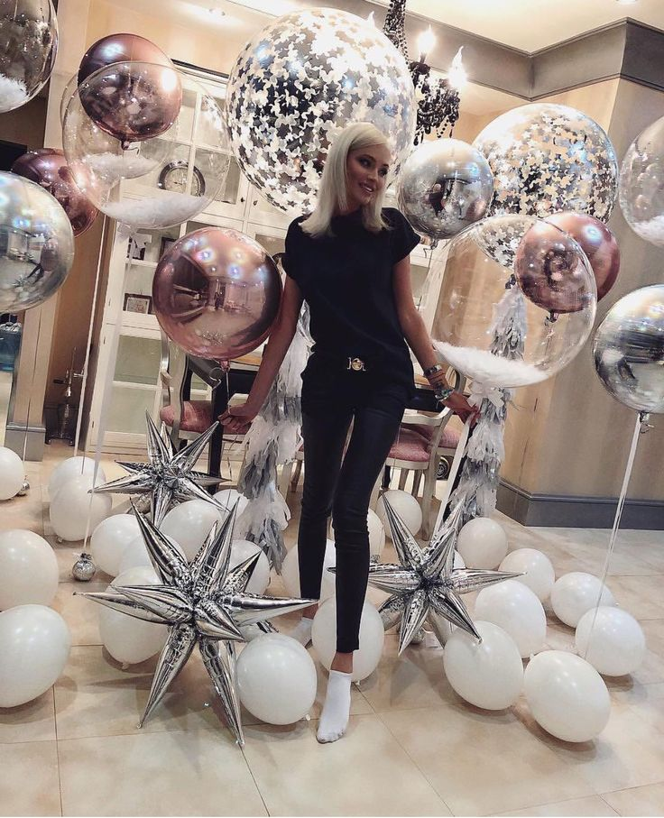 FOLLOW ME FOR MORE PARTY INSPIRATION | Party balloon inspiration. Rose gold, sil…