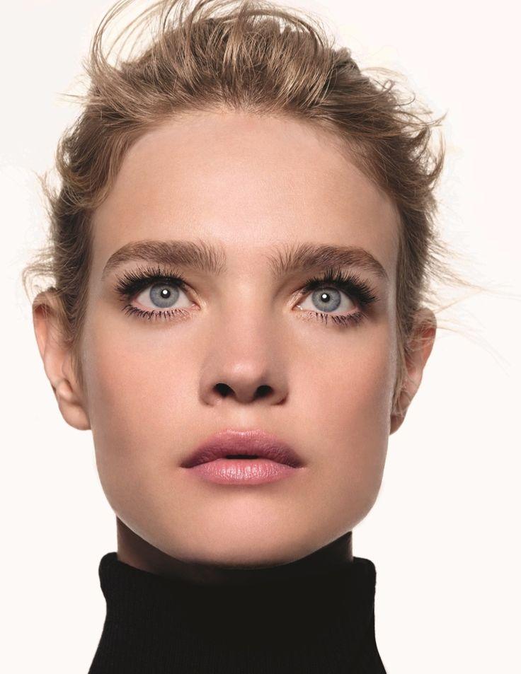 Natalia wears mascara from Etam Beaute