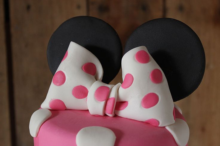 Minnie Mouse Cake Bow Topper