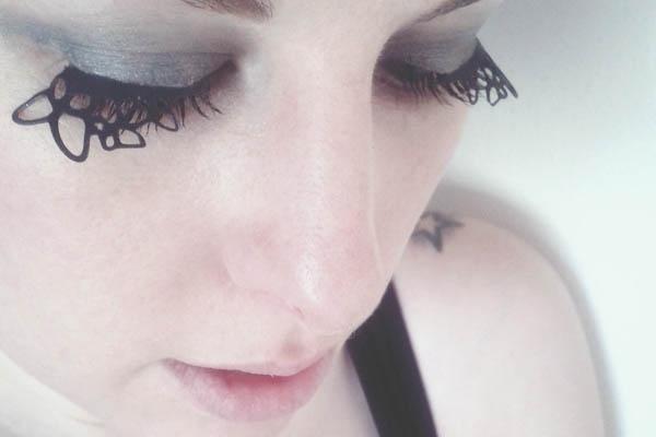 DIY Tutorial: Paper Cut Eyelashes: Eyelashes Rockrollbride1, Diy Tutorial, Makeup, Paper Eyelashes, Paper Cut Eyelashes, Papercut Eyelashes, Eyelashes Tutorial, Diy Paper