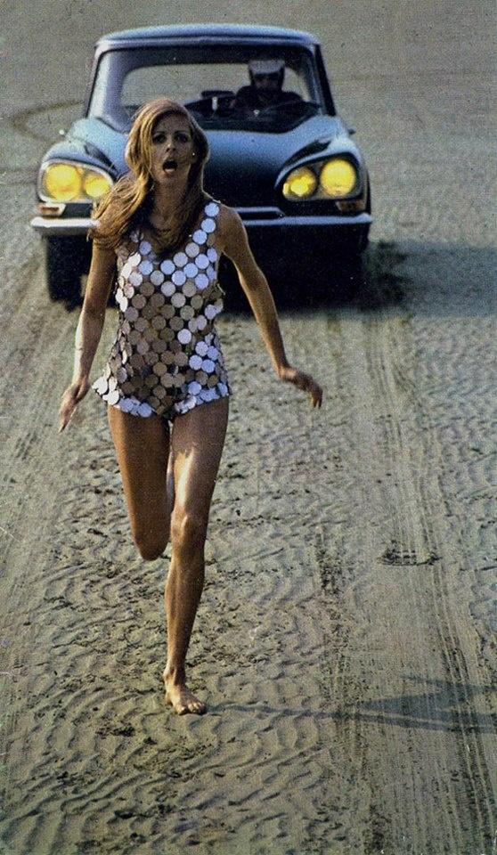 La modelo argentina Claudia Sanchez en publicidad del Citroën DS