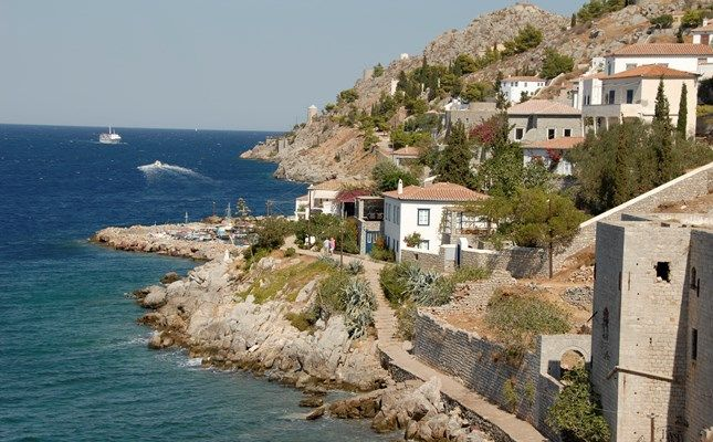 Ο οικισμός Καμίνια http://diakopes.in.gr/the-experts-way-blog/article/?aid=209783 #hydra #island #greece #travel