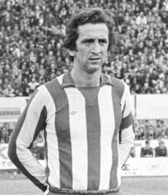 Καραβίτης Πέτρος. Χαιδάρι. (1952). Μέσος. Από το 1968-1981. (201 συμμετοχές 50 goals).