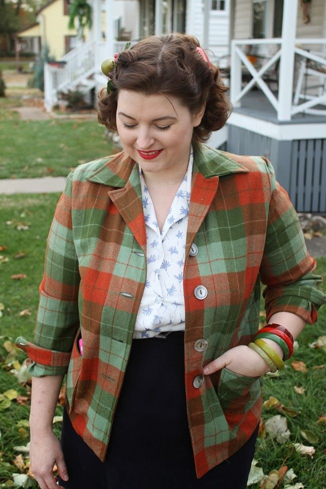 vintage pendleton 49er jacket with pin curls and bakelite via va-voom vintage