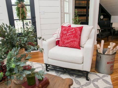 1000 images about fixer upper on pinterest house in the for Where is chip and joanna gaines bed and breakfast located