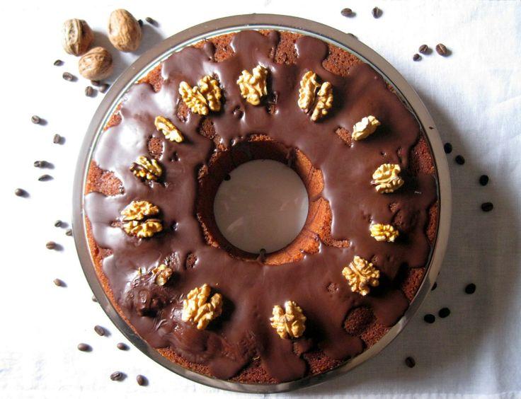 Tea Bag: Ciambellone soffice al caffè con glassa al cioccol...
