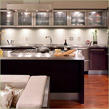 Cabinets= unreal!: Dreams Kitchens, Small Kitchens, Tiny Kitchens, Kitchens Ideas, Upper Cabinets, Glasses Cabinets, Kitchens Cabinets, Stainless Steel, Modern Kitchens Design