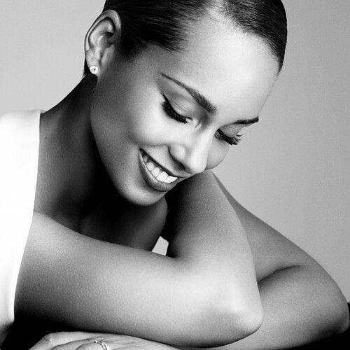 Alicia Keys beautiful woman celebrity face portrait #headshot T:@Alicia T T T T Keys