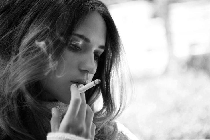 Alicia Vikander | Smoking Folks | Pinterest | Alicia Vikander, Google ...: https://www.pinterest.com/pin/437412182533312703