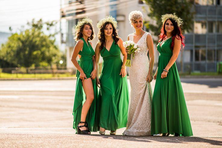 Bridesmaids. Green bridesmaid dress. Infinity dress.