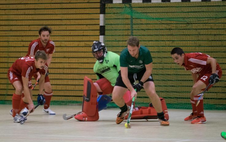 http://hockey-bremen.de/artikel/galerie.page?id=531941