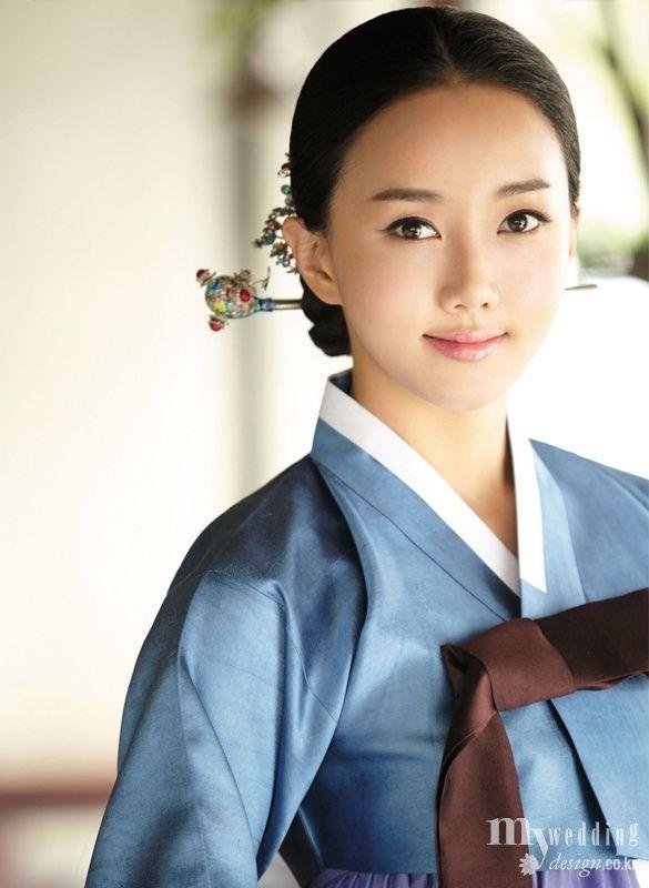 Hanbok (South Korea) on mywedding design.co.kr