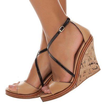 Resultado de imagem para Imagens de salto anabela em sandálias chiques