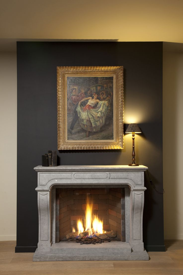 Klassieke Gashaard In Sierschouw (Belgische Blauwe Hardsteen,  Gezandstraald) Classic Gas Fireplace In Decorative