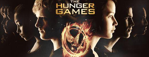 Šperky z knižní a filmové trilogie Hunger Games, mezi kterými nechybí ani náhrdelník Katniss Everdeen.