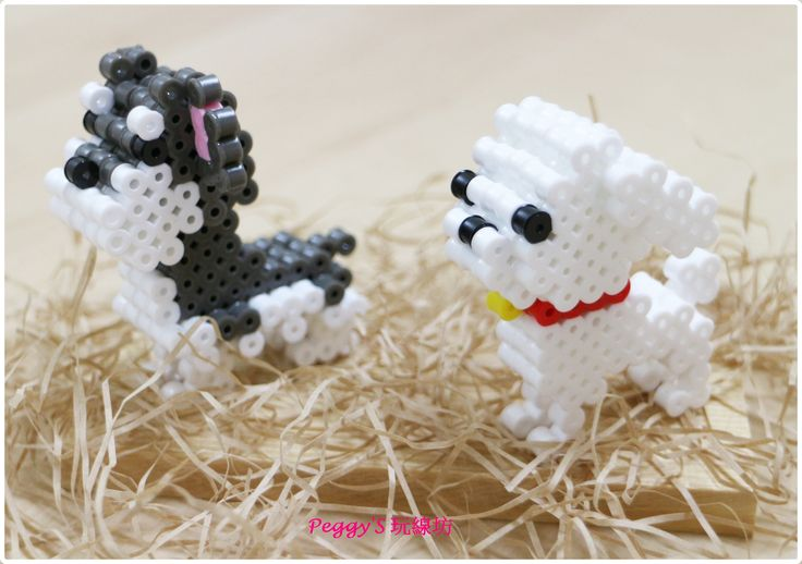 3D dogs perler beads by Peggy Wu - Patterns: https://de.pinterest.com/pin/374291419012651588/ and https://de.pinterest.com/pin/374291419012651543/