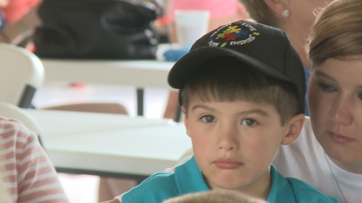 Parents, North Augusta Public Safety talk about how #police interact with #Autism - http://www.wrdw.com/content/news/Parents-North-Augusta-Public-Safety-talk-about-how-police-interact-with-Autism-384462171.html #safety