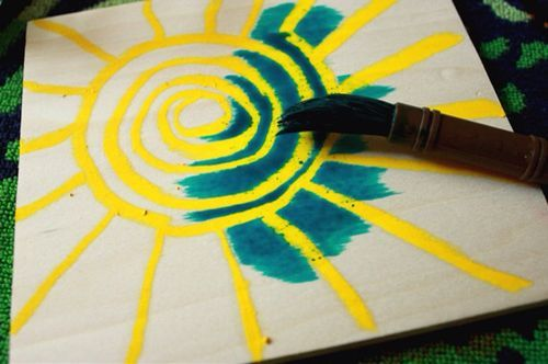 Beautiful Art Blocks: Melted Crayon on... WOOD! - The Artful Parent This is also a great gift idea