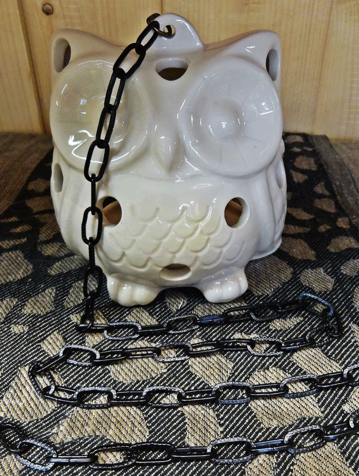 Ceramic white owl is also a fun atmosphere light when the candle light twinkles from the inside. The Owl's height is about 14 cm and it is packed in a carton box.