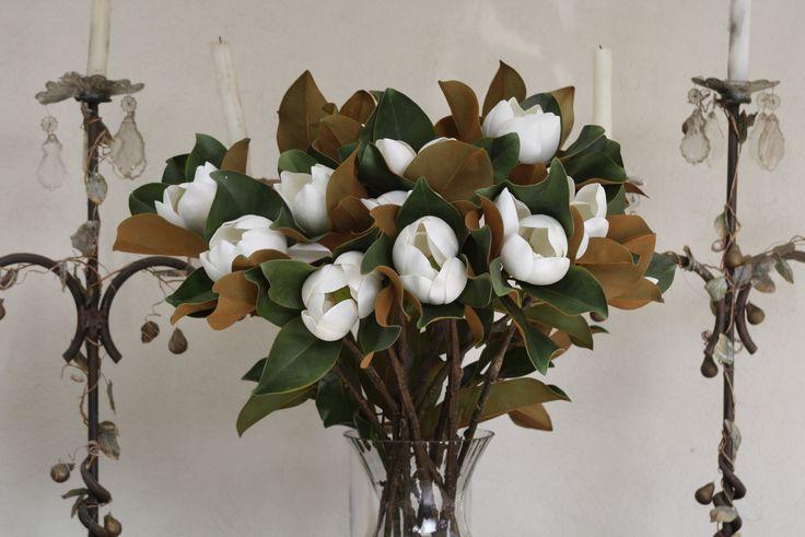 Magnolios blancos artificiales