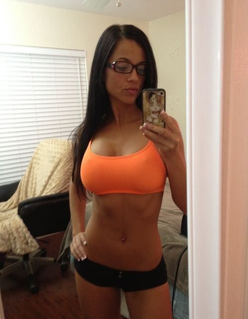 sexy fitness selfie: Selfie, Fit Women, Flats Stomach, Sports Bras, Glasses, Fit Girls, Fit Motivation, Weights Loss, Sexy Fit