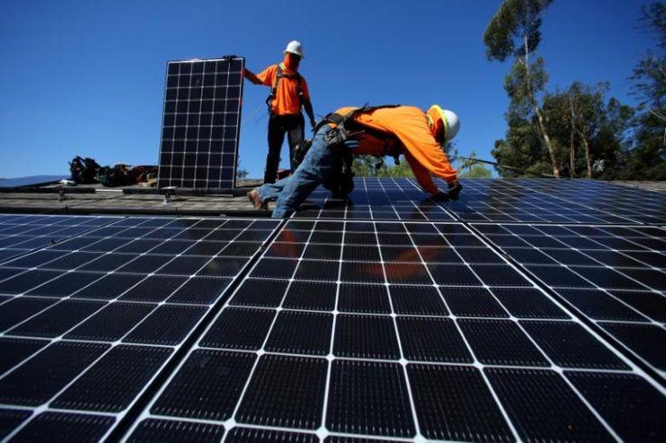 A geração de energia renovável por meio de fonte solar fotovoltaica e eólica correspondeu, pela primeira vez, a um pouco mais de 10% de toda eletricidade gerada nos Estados Unidos em março. A informação foi revelada pela Agência de Informação de Energia (AIE) e inclui a produção de energia por painéis solares residenciais e também grandes usinas solares. O número é um recorde para o país, e demonstra que o estímulo à economia de baixo carbono gera bons resultados.Embora os números do mês de…