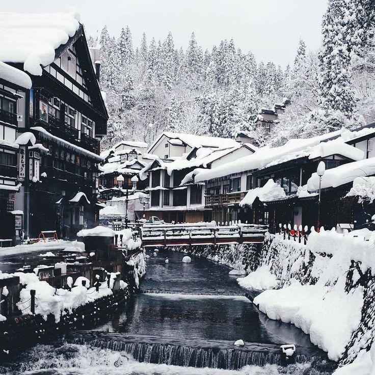Snowy Ginzan Onsen📷 @_tuck4 Visiting Japan a…