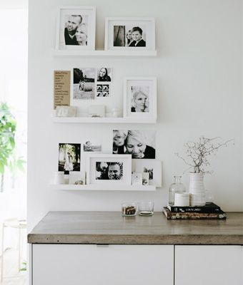 Des photos de famille personnalisent la cuisine