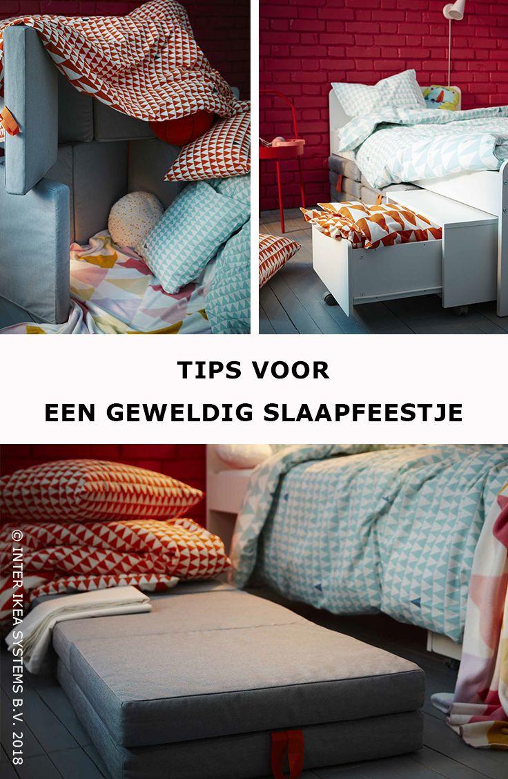 Bezorg de kinderen het slaapfeestje van hun leven! Creëer een magisch fort met vouwbare matrassen en textiel en ga voor een slaapkamer waar de kids zich dag en nacht thuis voelen. SLÄKT Poef/matras, vouwbaar, 69,-/st. #IKEABE #IKEAidee  Suprise the children with the sleepover of their lives! Create a magical fort with foldable mattresses and textiles and go for a bedroom where the kids feel at home, all day and night. SLÄKT foldable mattress, 69,-/pce. #IKEABE # IKEAidea