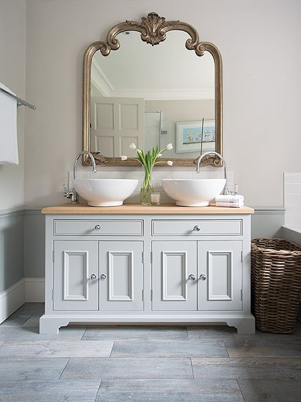 Twin Washstand - love the look of this Bathroom. Neptune